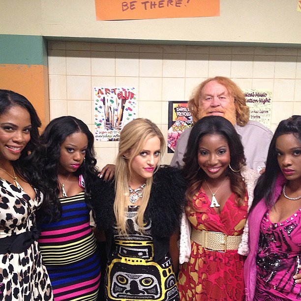 Suburgatory's Carly Chaikin posed with costars on set. Source: Instagram user harlyharly