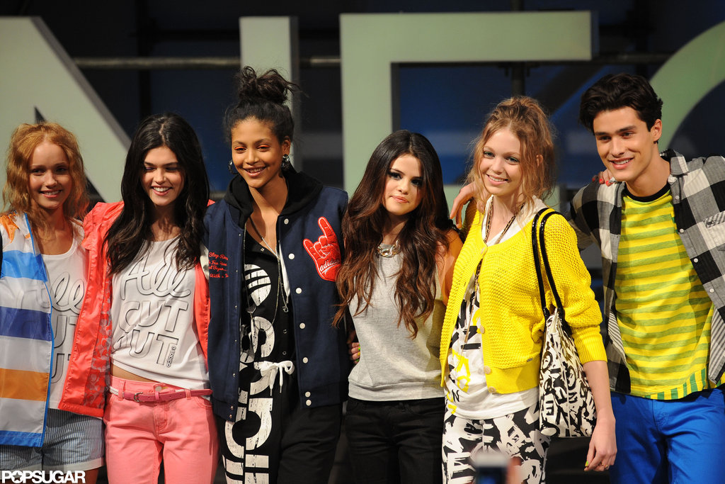 Selena Gomez stood on stage with her models.