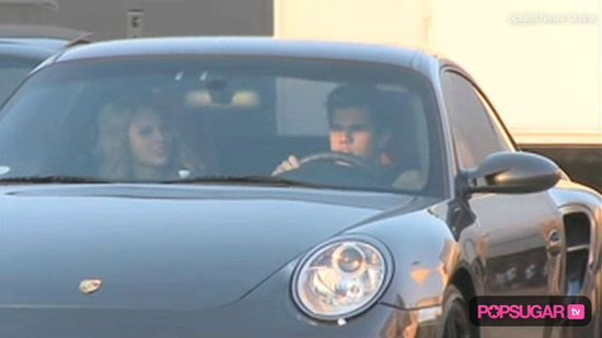 Video of Taylor Lautner & Taylor Swift Driving to Dinner Together