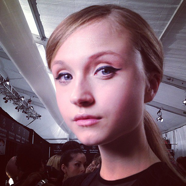The makeup at Charlotte Ronson featured thick black eyeliner that gave the eyes a flirty look.