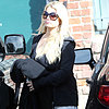 Jessica Simpson Buys a Tutu