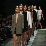 Theyskens' Theory Fall 2013 Runway (Video)