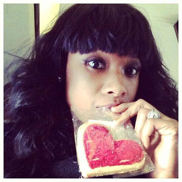 Jennifer Hudson showed love in the form of a heart-shaped cookie.  Source: Facebook user Jennifer Hudson