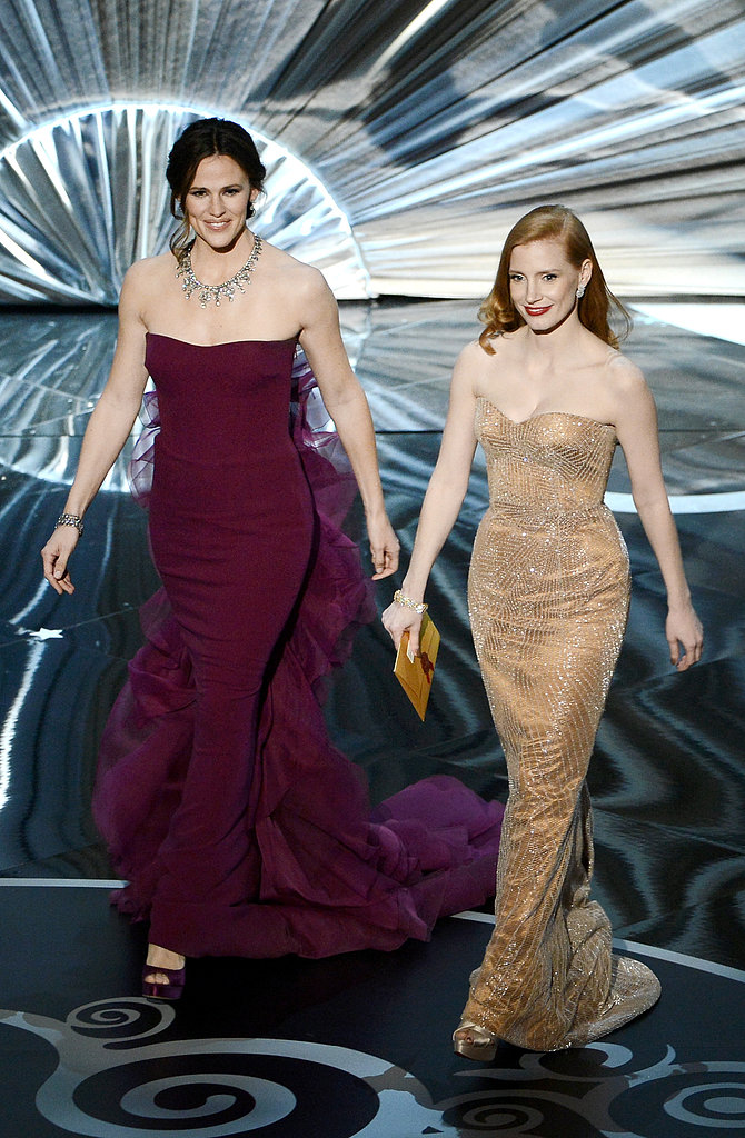 Jennifer Garner and Jessica Chastain took the stage at the Oscars.