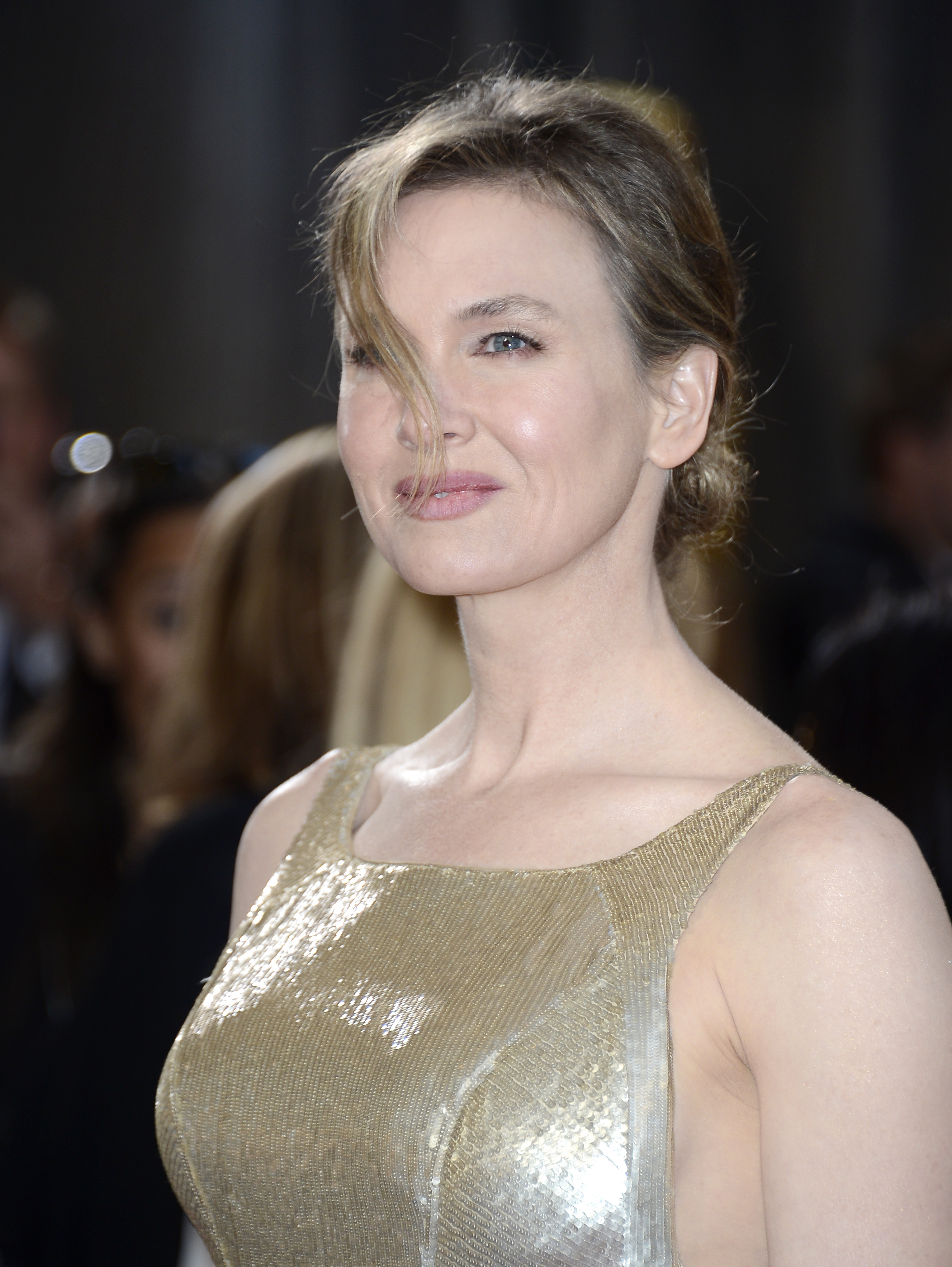 Renée Zellweger on the red carpet at the Oscars 2013.
