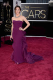 Jennifer Garner on the red carpet at the Oscars 2013.