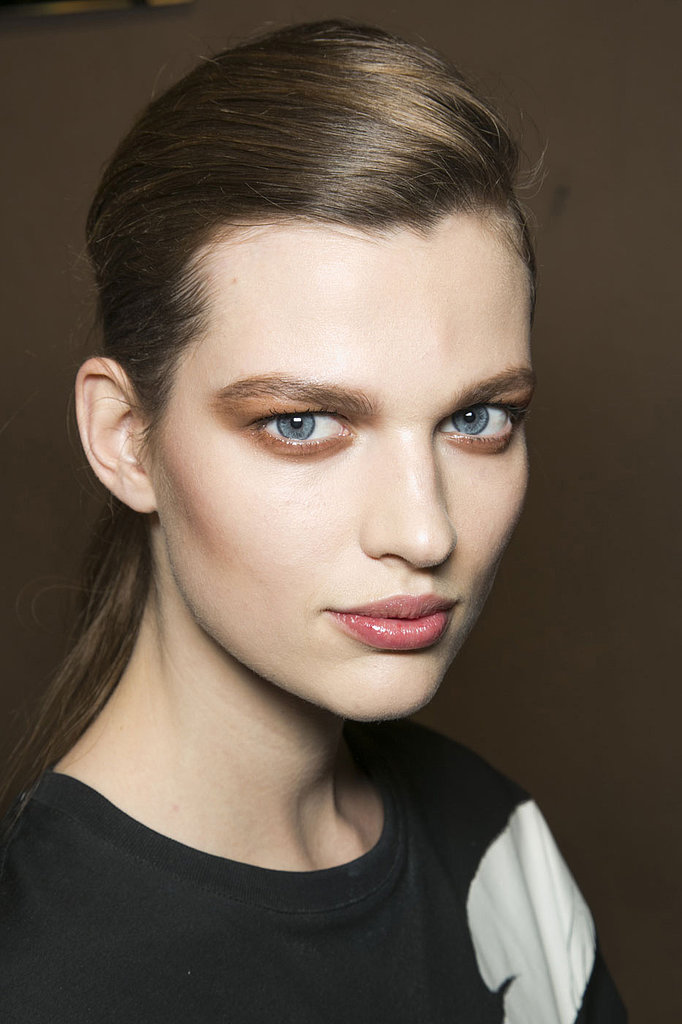 Dsquared2 showed off how to wear bronze on your eyes and cheeks for Fall.