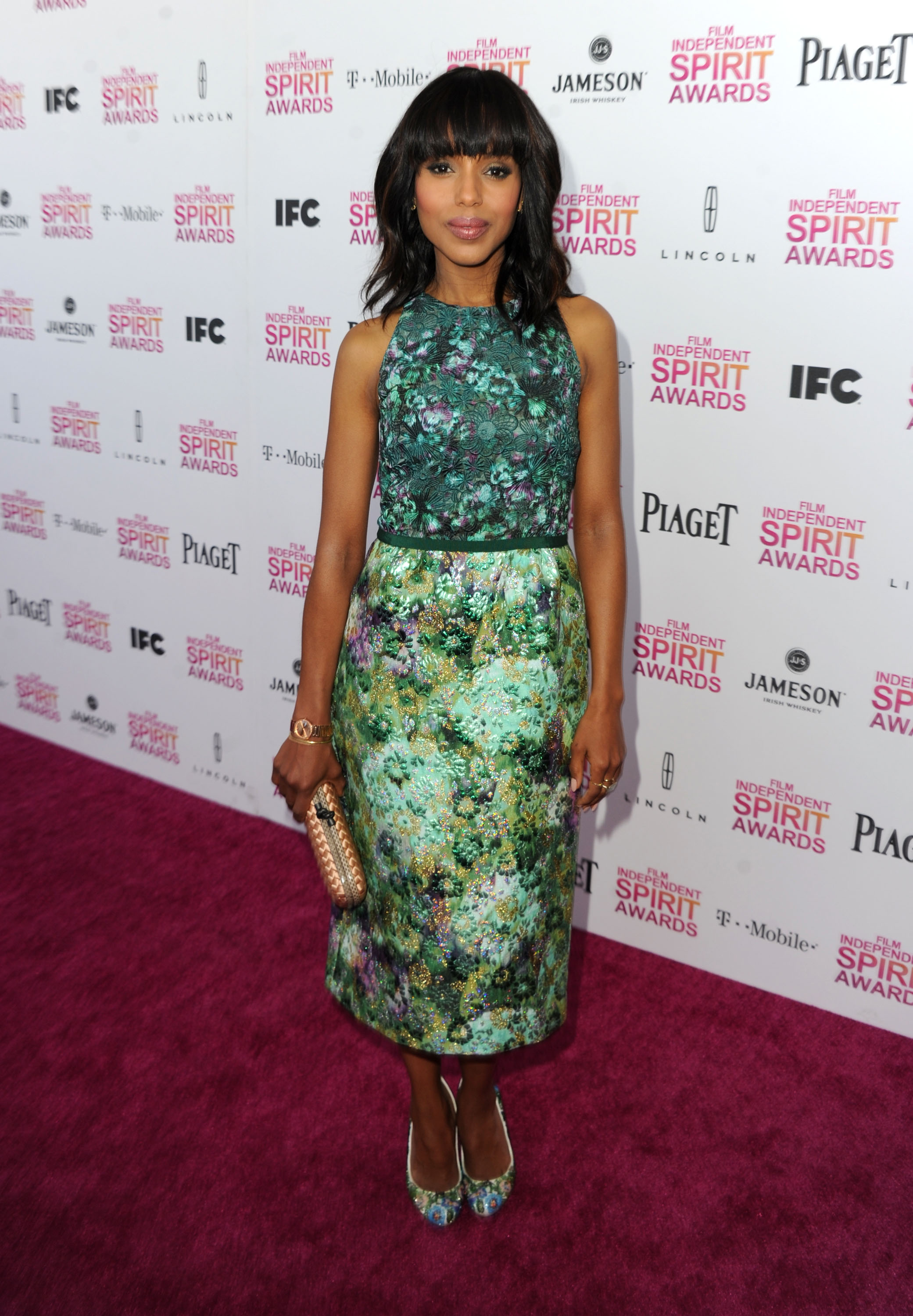 Kerry Washington on the red carpet at the Spirit Awards 2013.