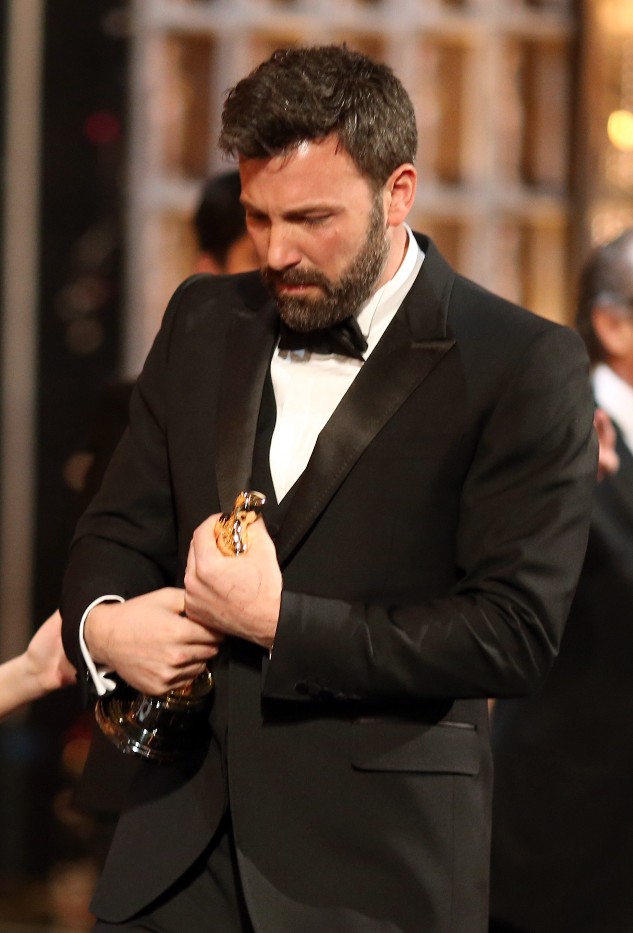 Ben Affleck held on tight to his Oscar.