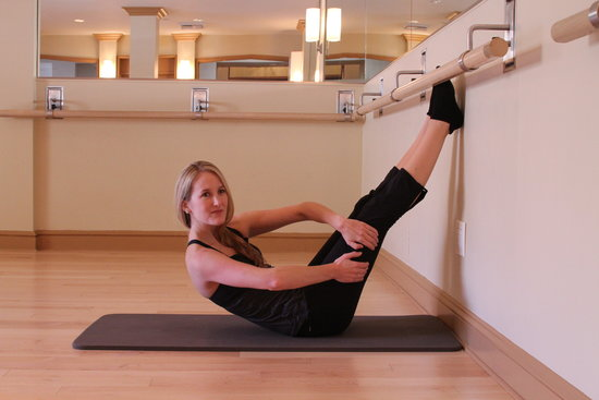 2. Floor Barre Curl