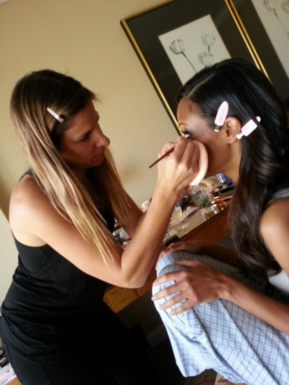 Zoe Saldana got her hair and makeup done before hitting the Oscars red carpet. Source: Twitter user VictoriaMahoney