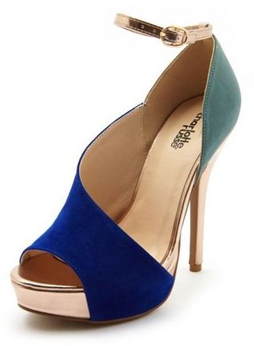 Open Side Color Block Pump