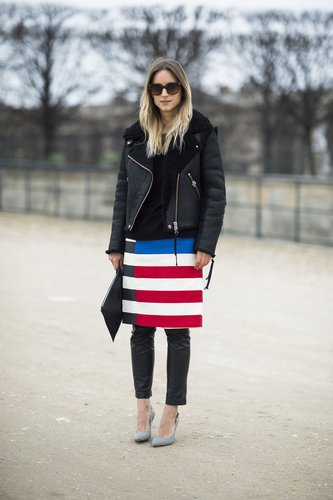 This attendee offset statement stripes with leather and an oversize leather jacket. Source: Le 21ème | Adam Katz Sinding