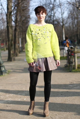 The high-impact citron and embellishment on this attendee's sweater stole the show.