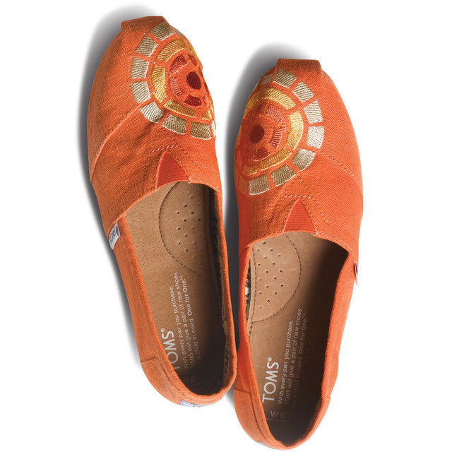 Charlize Theron For Toms Shoes