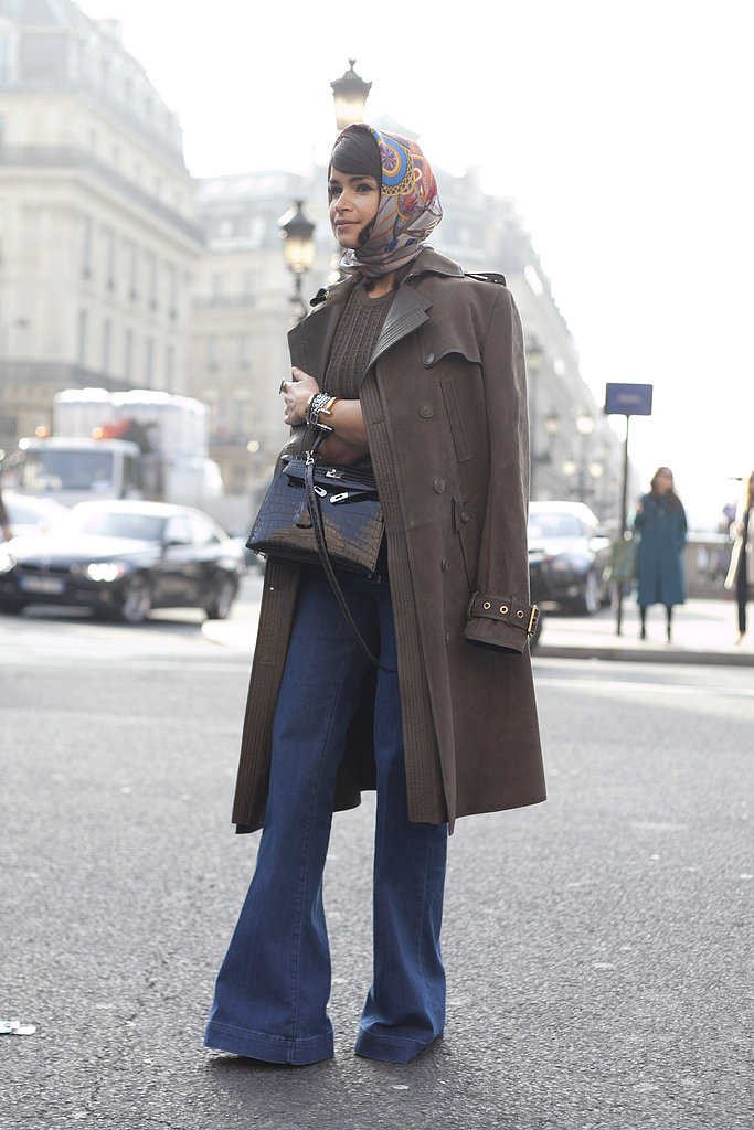 Miroslava Duma channeled the '70s in high-waisted flares, chocolate brown, and a kerchief.