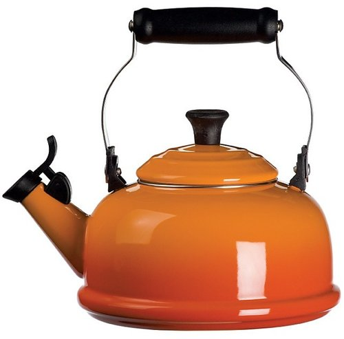 Le Creuset Whistling Kettle, Flame
