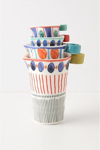 Dotted Path Measuring Cups
