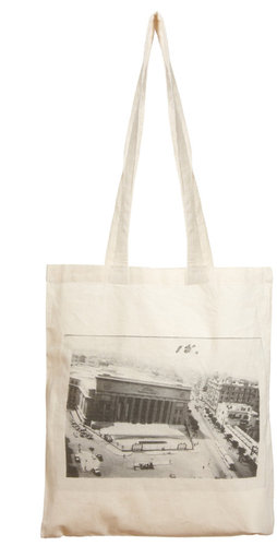 Borders & Frontiers Monument Shopper