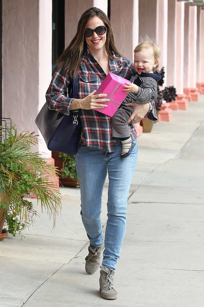 Jennifer Garner walked down the street with baby Samuel Affleck in her arms.