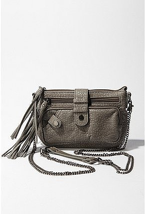 Deena & Ozzy Chain Strap Crossbody Bag