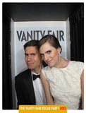 Ricky Van Veen and Allison Williams posed in Vanity Fair's Oscars party photo booth.