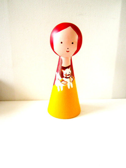 Poppeke Art Wooden Peg Doll