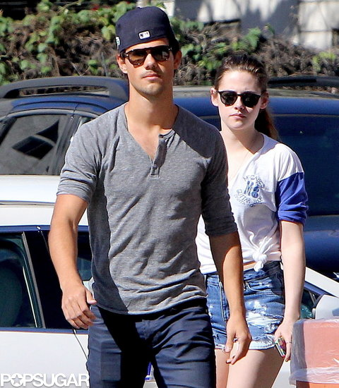 Kristen Stewart and Taylor Lautner hung out at the batting cages with friends.