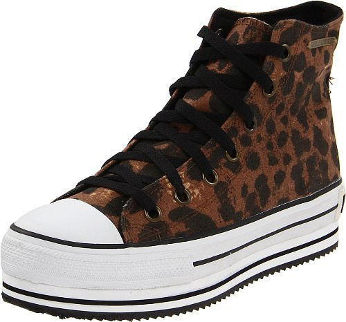 Rock &amp; Candy Women&#039;s Stomp Fashion Sneaker