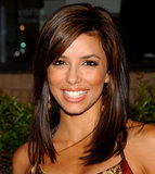 A year later in 2004, Eva was at the premiere party for her new show Desperate Housewives. She was sporting shorter, straighter hair in a warm brunette hue streaked with caramel highlights. Her skin was bronzed with a more radiant makeup palette.