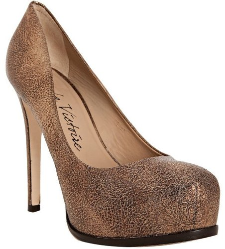Pour la Victoire gold metallic leather &#039;Irina&#039; platform pumps
