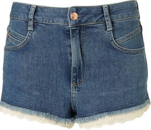 MOTO Blue Denim Broderie Anglaise Hotpants