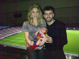Shakira showed off Barcelona's tiniest fan after his proud father, Gerard Piqué, finished playing. Source: Twitter user 3gerardpique