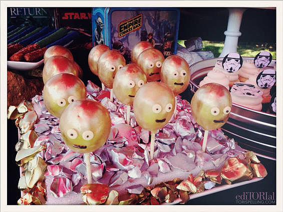 C-3PO cake pops!