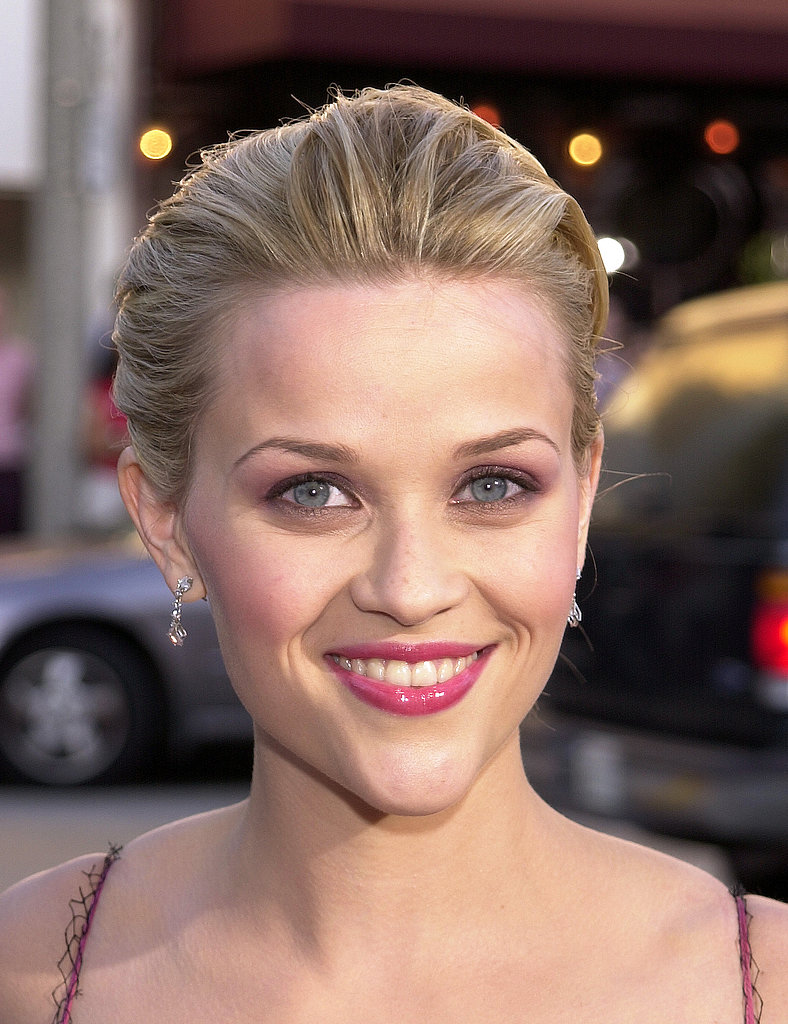 At the Legally Blonde premiere in 2001, Reese embraced her alter ego Elle Woods's love of pink. She kept her hair pulled back to show off her rosy look.