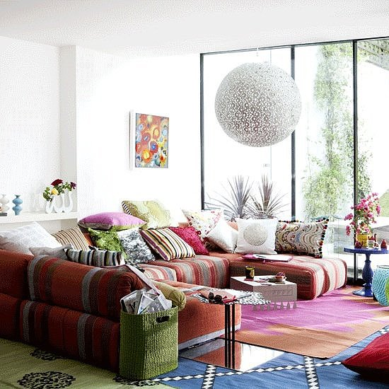 5 Simple Ways to Organize Your Living Room