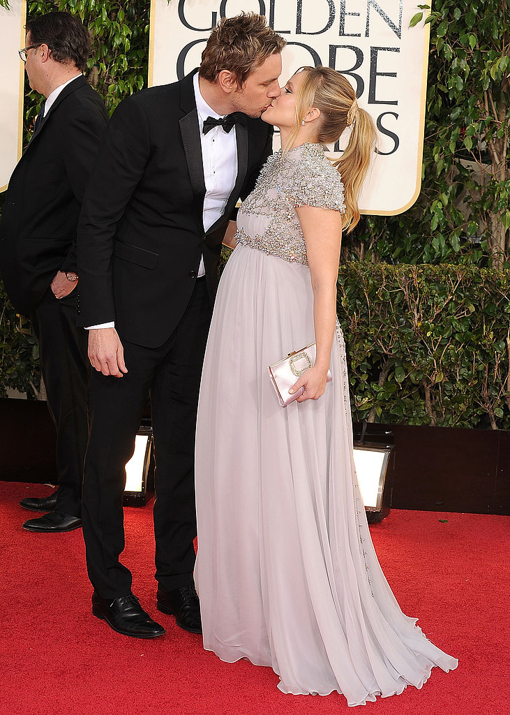 Dax Shepard and Kristen Bell locked lips at the 2013 Golden Globes.