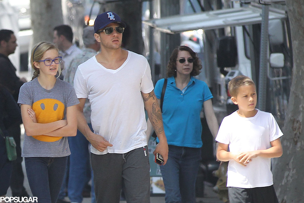 Ryan Phillippe spent time with Ava and Deacon in LA on Friday.