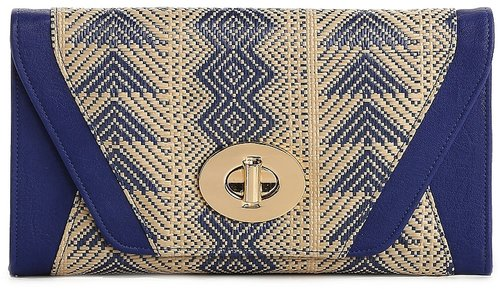 Urban Expressions Patterned Straw Clutch