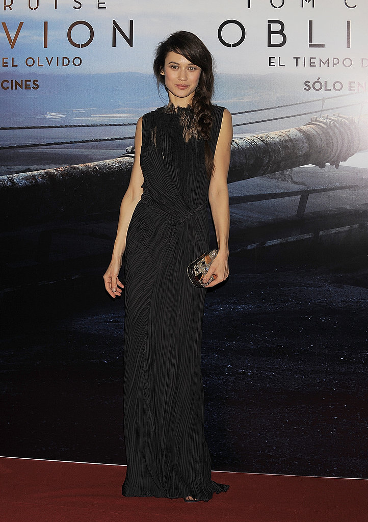 Olga Kurylenko was a dark beauty in black Nina Ricci at the Oblivion premiere in Buenos Aires. We love her tousled side braid, too.