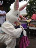 Sadie LeNoble enjoyed a sweet hug from the Easter Bunny. Source: Twitter user 1capplegate