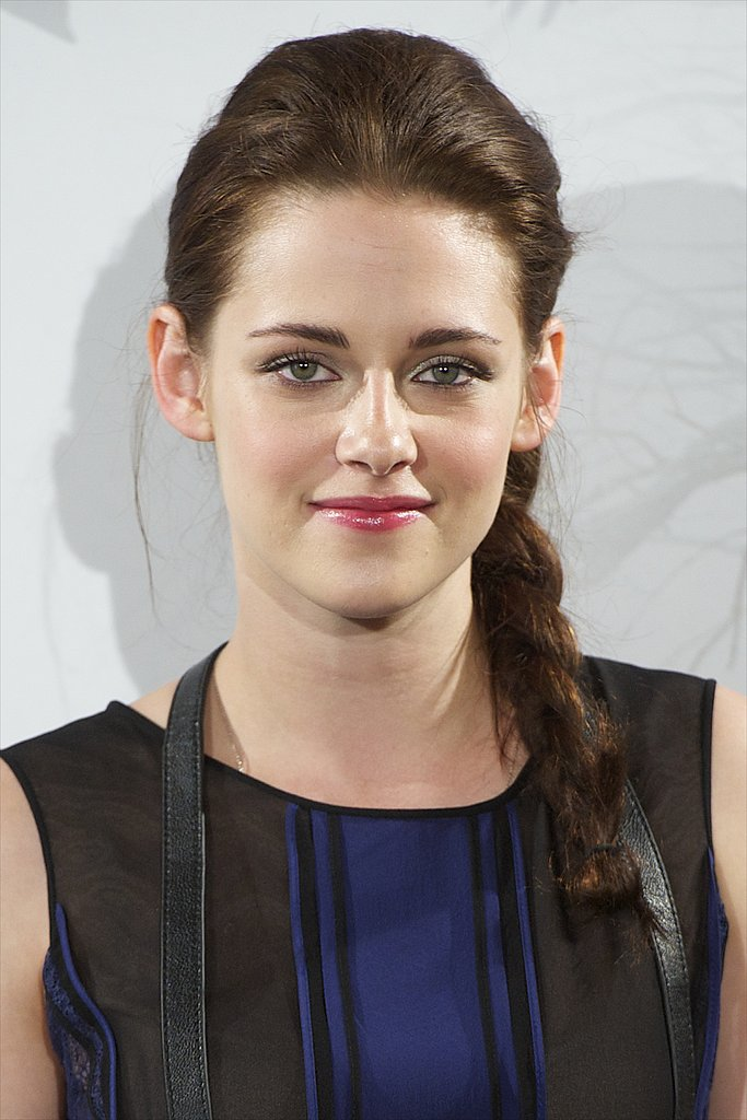 At a photocall for Snow White and the Huntsman in 2012, Kristen's sexy, voluminous braid perfectly framed her glossy pink lips.