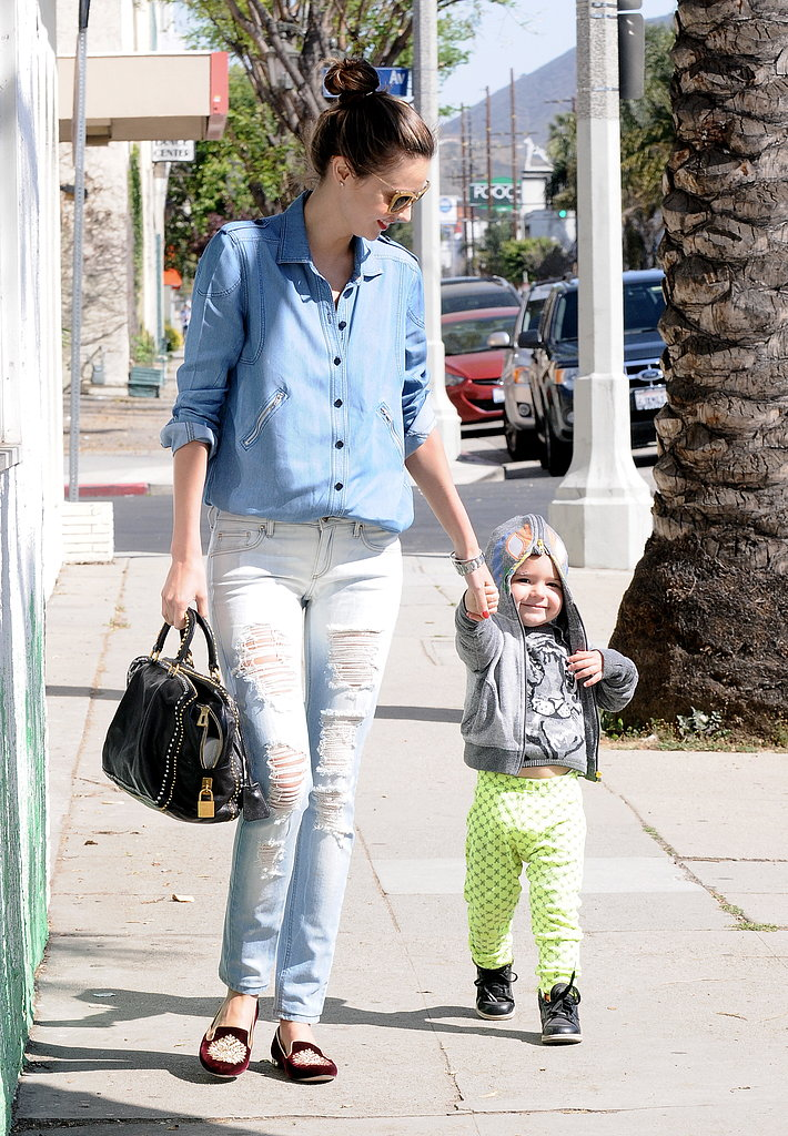 Miranda Kerr Settles Into an LA Stay With Flynn and a Smile