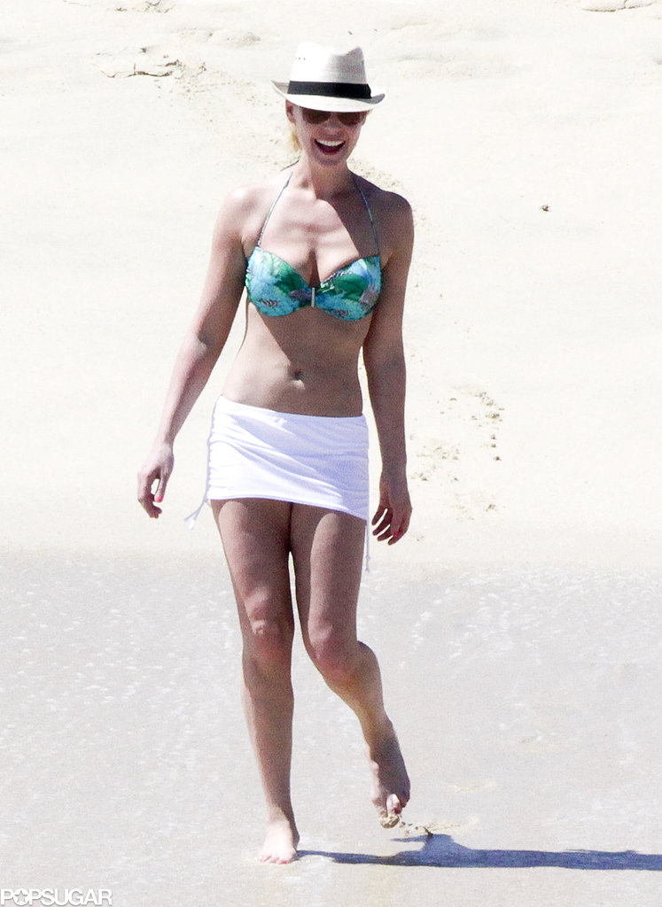Katherine Heigl wore a bikini in Mexico.