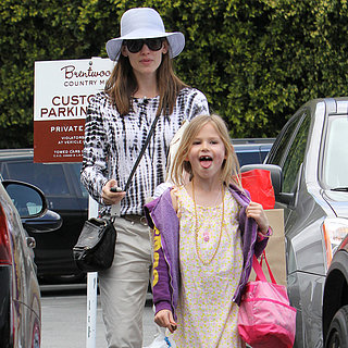 Jennifer Garner Taking Violet Affleck Shopping | Pictures