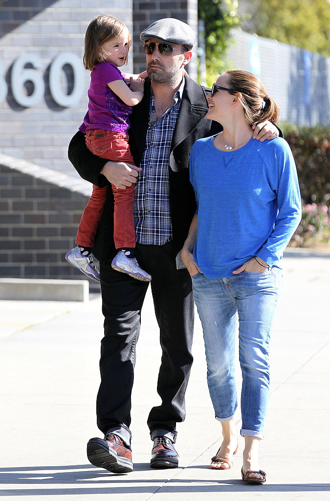 Jennifer Garner smiled while running errands with Ben Affleck and Seraphina.