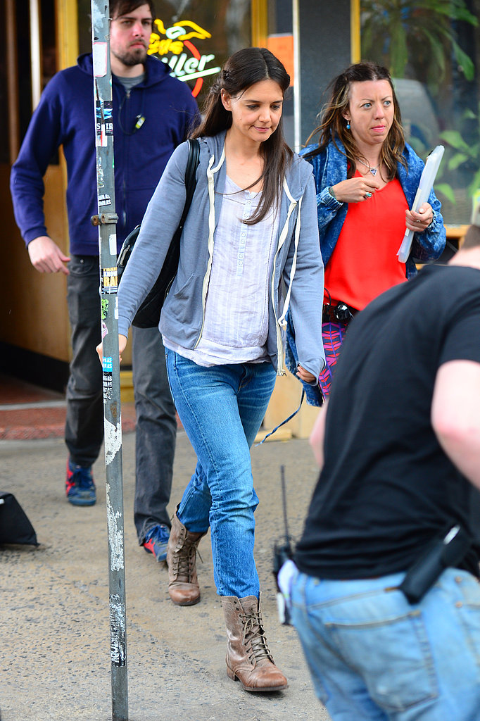 Katie Holmes walked to her trailer on set in NYC.