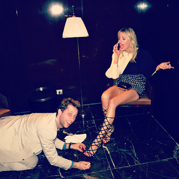 Derek Blasberg helped touch up his friend Karolina Kurkova's pedicure. Source: Instagram user derekblasberg