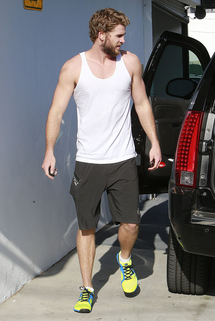 Liam Hemsworth Works Up a Sweat While Miley's Dad Doubts Marriage