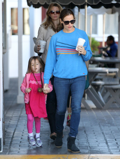 Jennifer Garner and Seraphina Affleck Take a Breakfast Break